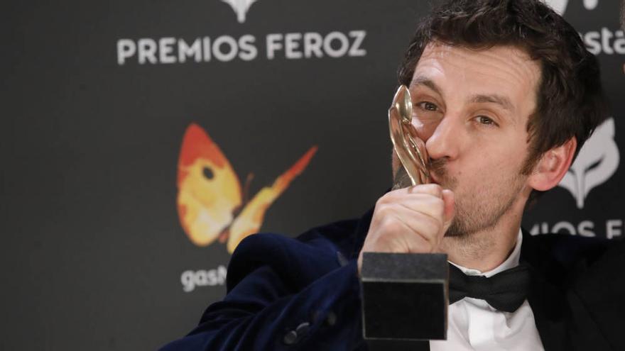 Raúl Arévalo triunfa en los Premios Feroz con 'Tarde para la ira'
