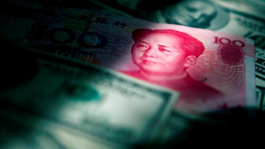 La cotización del yuan con el dólar cae al mínimo desde 2008