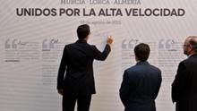 Los alcaldes de Murcia, Lorca y Almería también firmaron un manifiesto en apoyo de la llegada del AVE