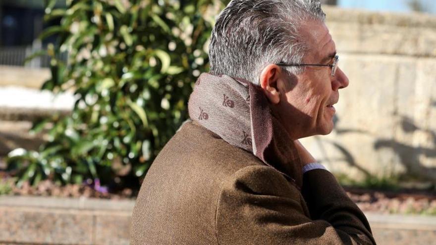 """Granados dice que Zaplana ha estado tantos meses en prisión """"por ser del PP"""""""