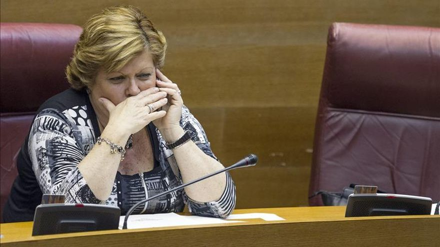 La exconsellera del Turismo Martínez (PP) afirma que no piensa dimitir como alcaldesa