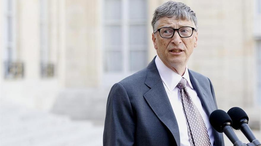 Hollande se compromete con Bill Gates a mantener su ayuda al desarrollo