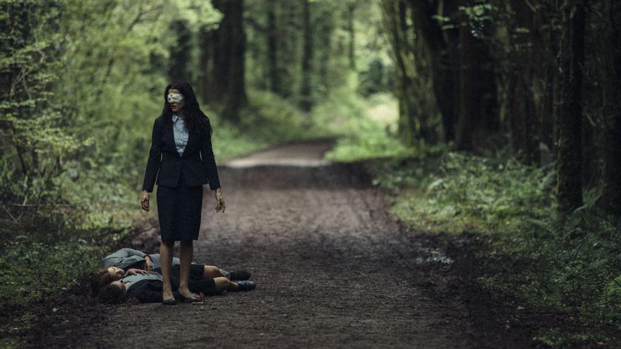 Rachel Weisz en el bosque