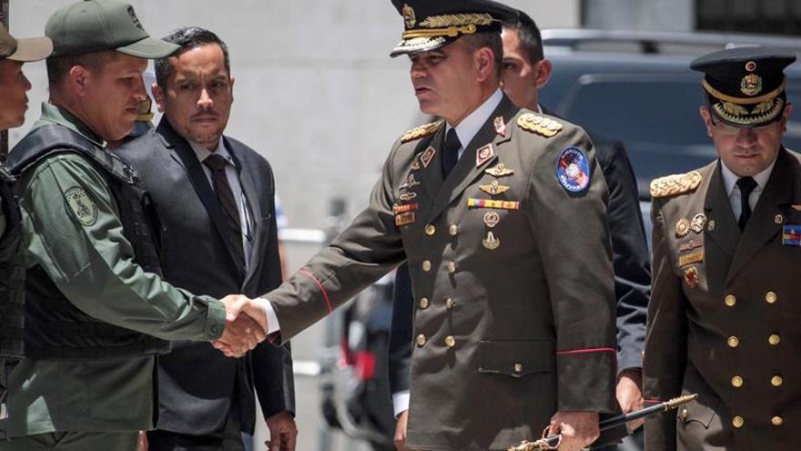 """El ministro de Defensa: El """"imperio"""" provoca la crisis humanitaria en Venezuela"""