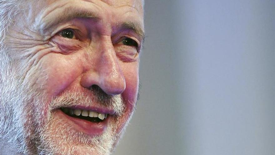 """Corbyn ofrece una política de """"esperanza"""" al arrancar el congreso laborista"""