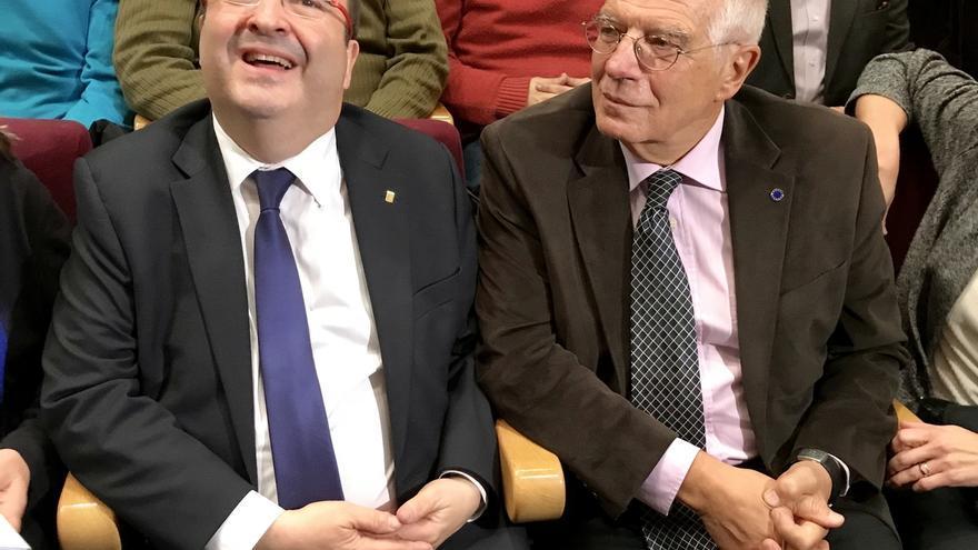 """Borrell a Iceta: """"Antes de cerrar las heridas hay que desinfectarlas o se pudren"""""""