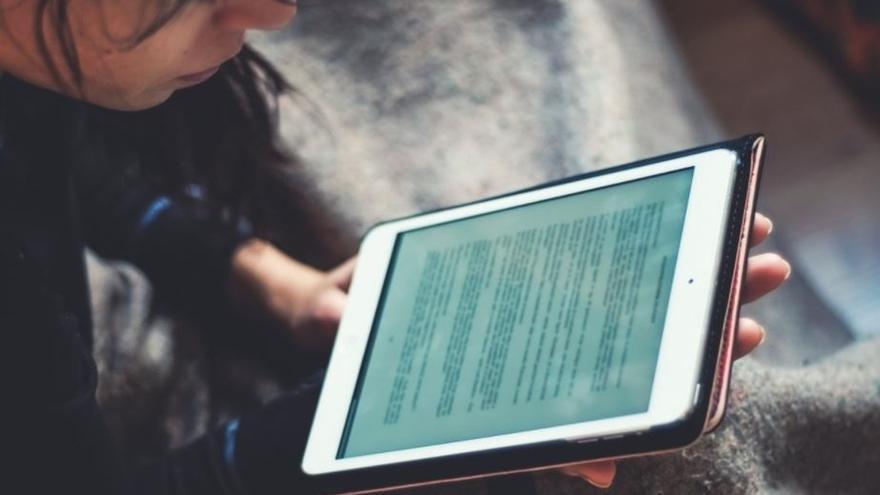 La red de bibliotecas municipales ofrece la descarga gratuita de más de 2.700 libros electrónicos