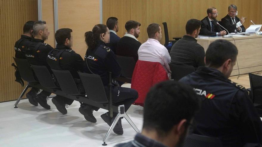 Fiscalía rebaja a seis años de cárcel su petición de pena para miembros de 'La Manada'