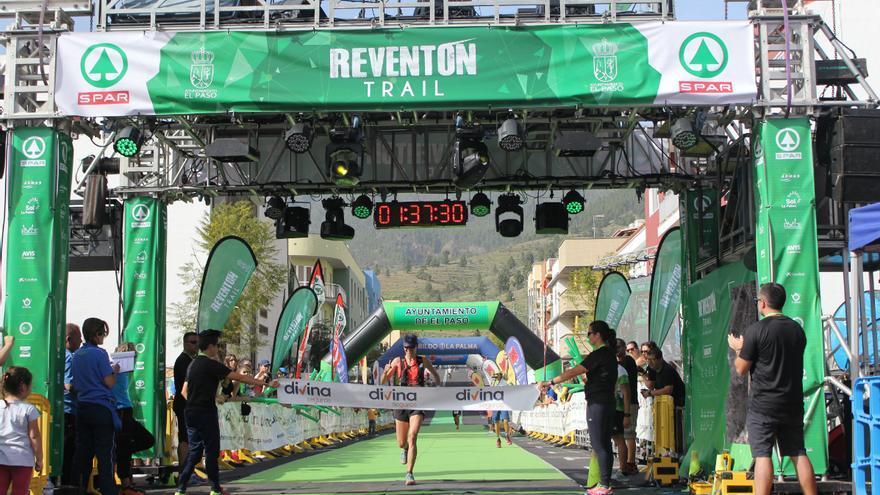 La corredora Raffaella Ciavolla a su llegada a la meta.