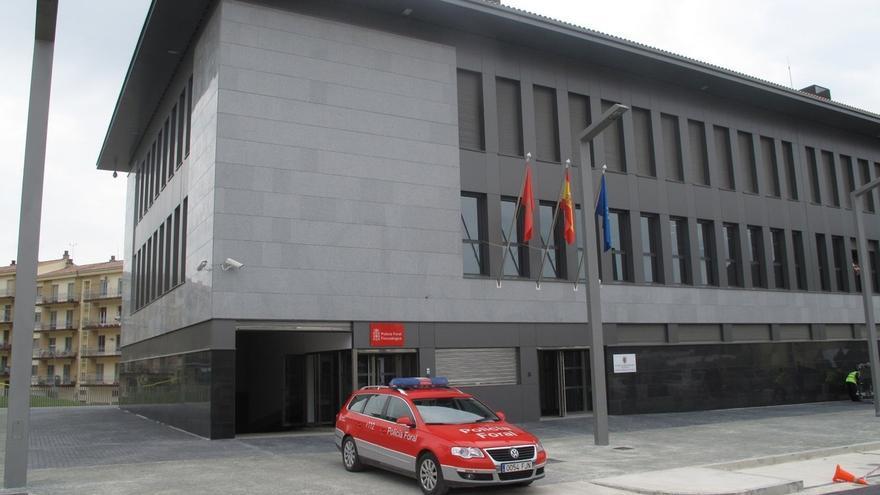 El Parlamento de Navarra pide poner cámaras en todas las zonas de custodia de comisarías de la Policía Foral