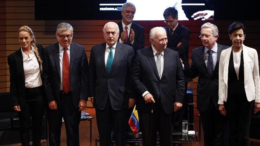Expresidentes intentan impulsar un diálogo para bajar la crispación en Venezuela