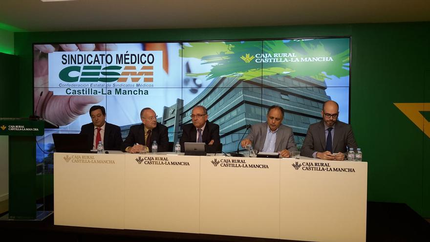 Presentación del Comité Ejecutivo de CESM-Sindicato Médico en la sede de Caja Rural