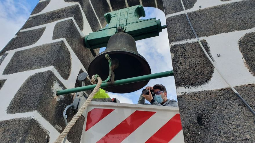 El toque de las campanas de la Iglesia  de Candelaria  de Tijarafe ha sido alterado con martillos eléctricos