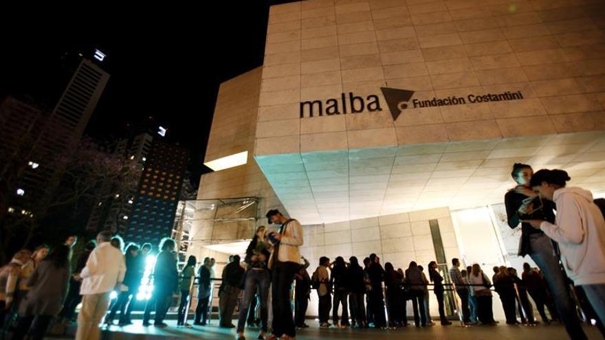 """Buenos Aires exhibe su cultura en una exitosa """"Noche de los Museos"""""""