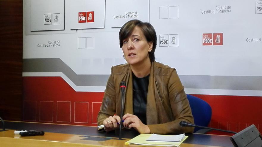 Blanca Fernández en comparecencia en las Cortes regionales
