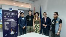 Una comitiva de jóvenes europeos visita la Región para conocer el protocolo de inserción de refugiados