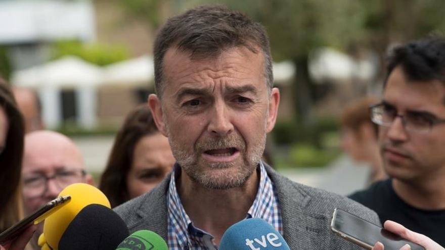 Antonio Maíllo deja la dirección de IU Andalucía y su escaño en el Parlamento