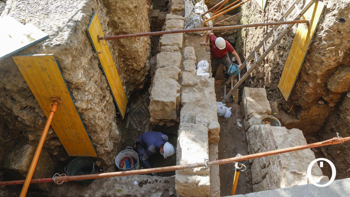 Excavación en el Patio de los Naranjos