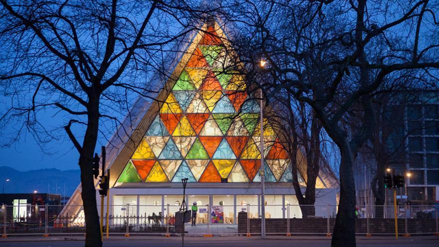 La iglesia de Christchurch, en Nueva Zelanda, tras su reconstrucción | Bridgit Anderson (shigerubanarchitects.com)