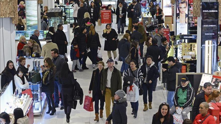 """El consumismo del """"Viernes Negro"""""""