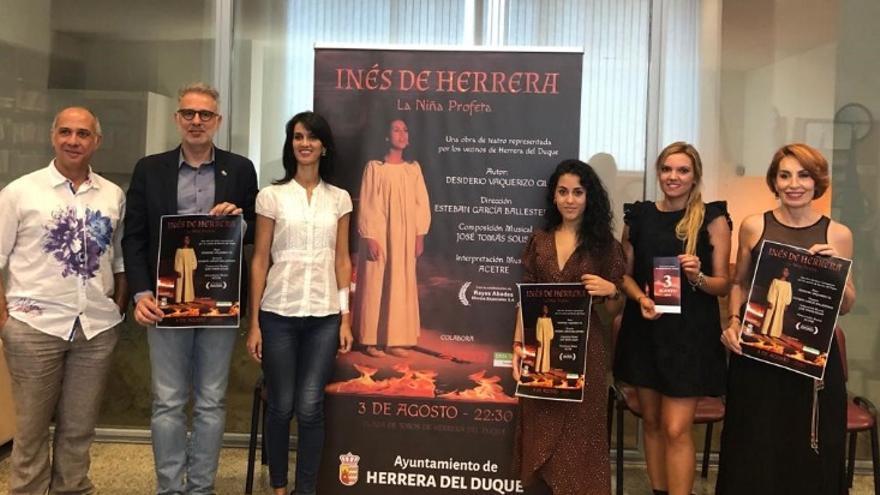 Presentación de la obra 'Inés de Herrera, la niña profeta'