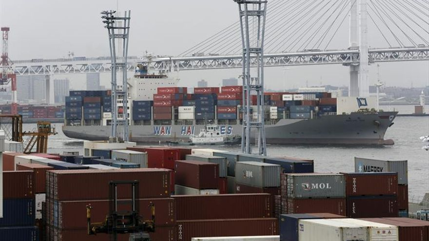 Japón registró en abril un superávit comercial de 6.675 millones de euros