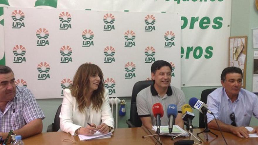 UPA y regantes de Hellín en rueda de prensa. Foto por Albacete Capital.