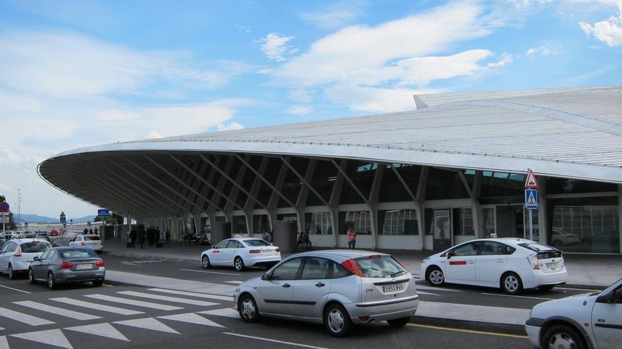 El aeropuerto de Bilbao suma 230.000 pasajeros en el mes de enero, 500 menos que en mismo mes de 2014