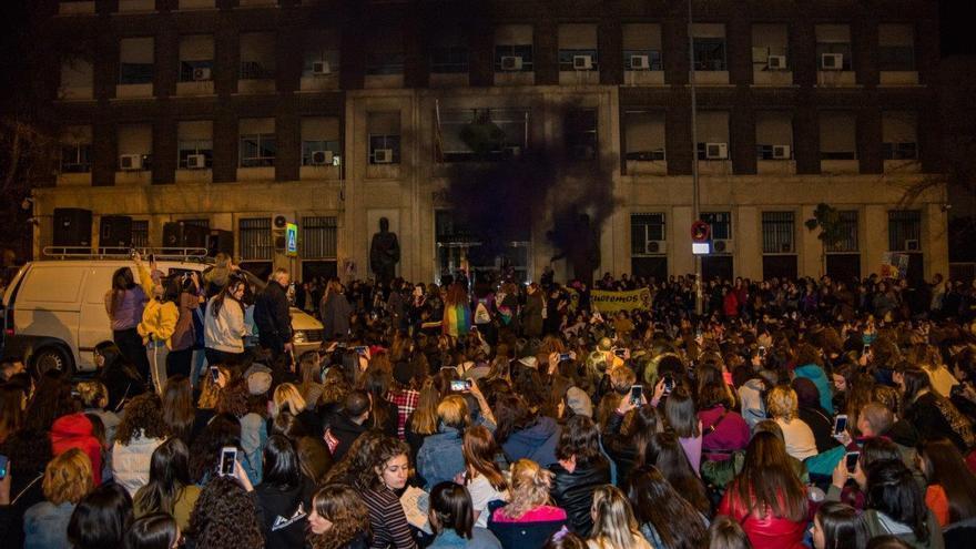 La marcha terminó en el Palacio de Justicia, donde se leyeron cuatro manifiestos