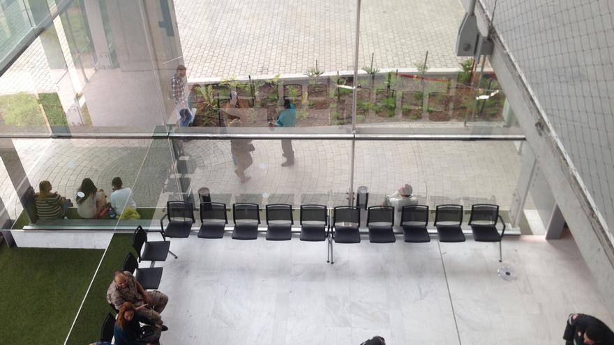 Sala de espera del nuevo Palacio de Justicia de Las Palmas de Gran Canaria
