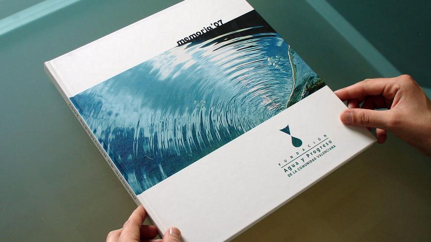 Publicación de la memoria de la Fundación Agua y Progreso de 2007.