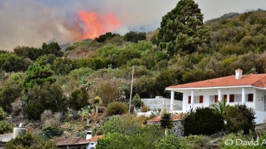 Imagen de archivo del incendio registrado en Mazo en 2012. Foto: DAVID AMADOR
