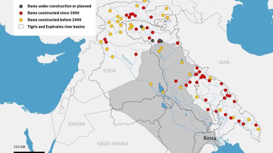 En amarillo, presas construidas antes del año 2000 y en rojo, presas construidas a partir del 2000.