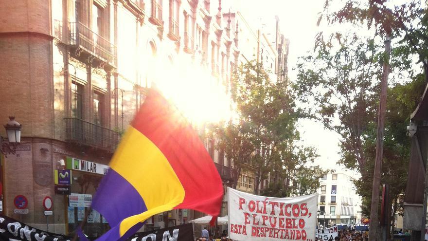 La manifestación del pasado domigno a su paso por la calle Imagen, en Sevilla.
