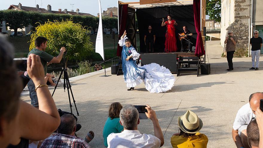 Flamenco en la calle, Alicia Gil |Foto: Festival Flamenco Mont de Marsan