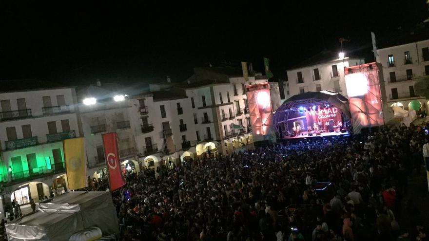 Escenario de la Plaza Mayor en el Womad Cáceres de 2019.