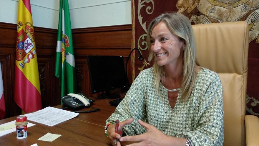 La alcaldesa de Castro Urdiales, Susana Herrán (PSOE).   R.A.