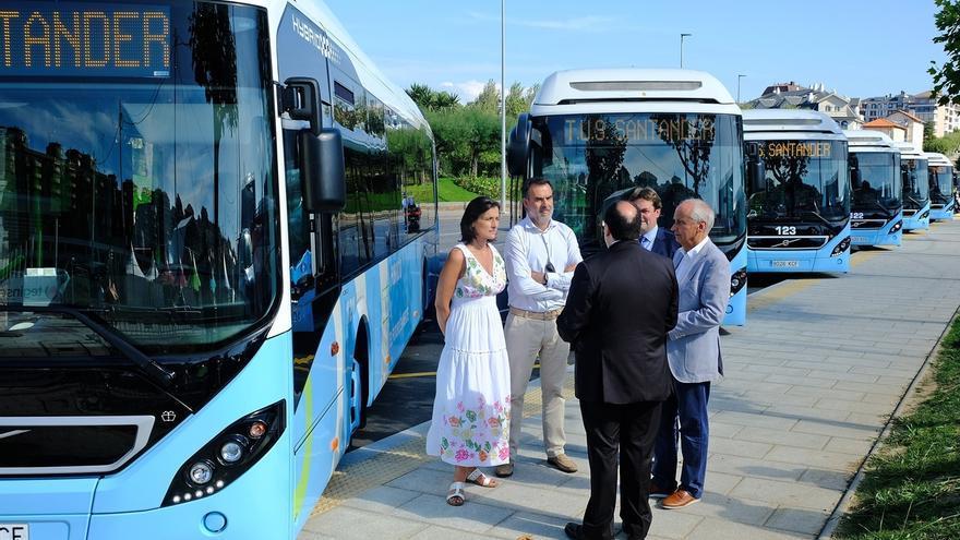 Seis nuevos autobuses híbridos se incorporan a la flota del TUS