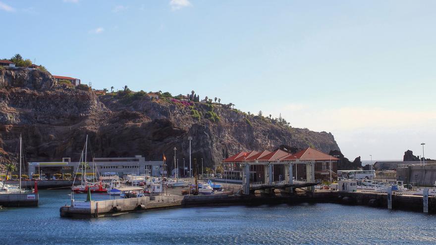 Vista parcial del puerto de San Sebastián