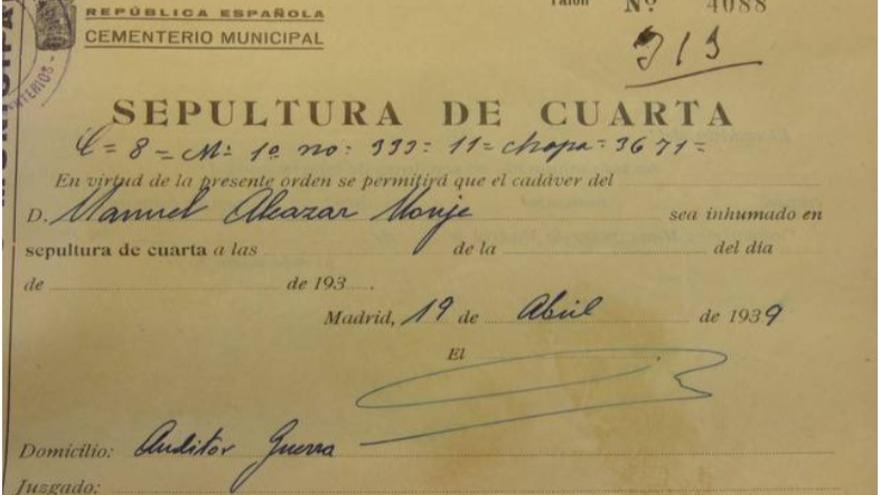 Orden de inhumación de Manuel Alcázar Monje (19/04/1939).