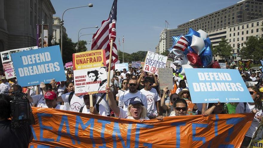La CIDH pide a EE.UU. una vía de regularización migratoria para los jóvenes de DACA