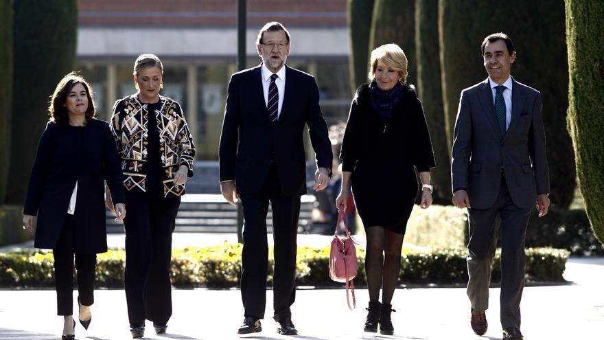 """Cifuentes dice que las respuestas al terrorismo yihadista """"han de ser globales"""" y no cree que Rajoy esté siendo ambiguo"""