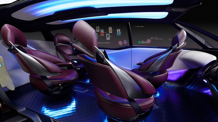 El nuevo 'concept' de Toyota dispone de espacio para seis ocupantes, distribuidos en tres filas de asientos.