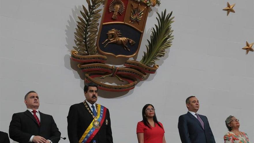 Maduro llama a negociaciones a los tenedores de deuda pública venezolana