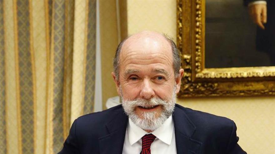 El presidente de Boeing España en 2008, Pedro Argüelles, durante su comparecencia en la comisión del Congreso que investiga el accidente de Spanair en 2008.