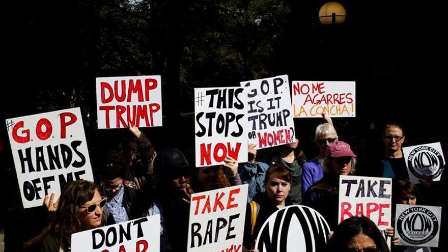 Dos mujeres denuncian al New York Times que Trump se sobrepasó con ellas
