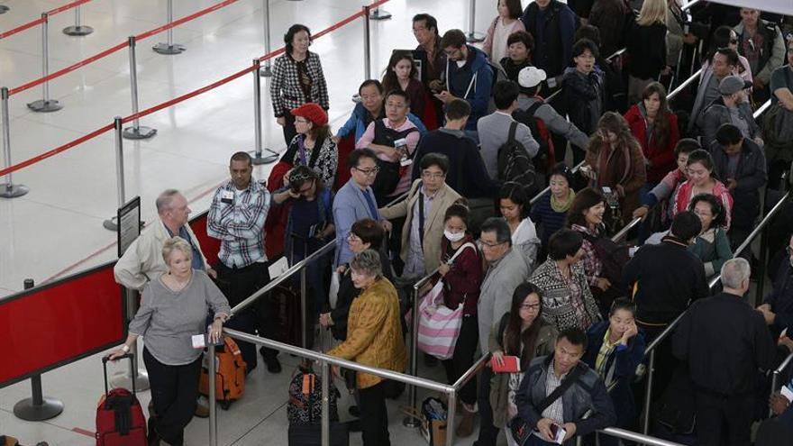 EE.UU. endurece la seguridad en los vuelos procedentes de 105 países