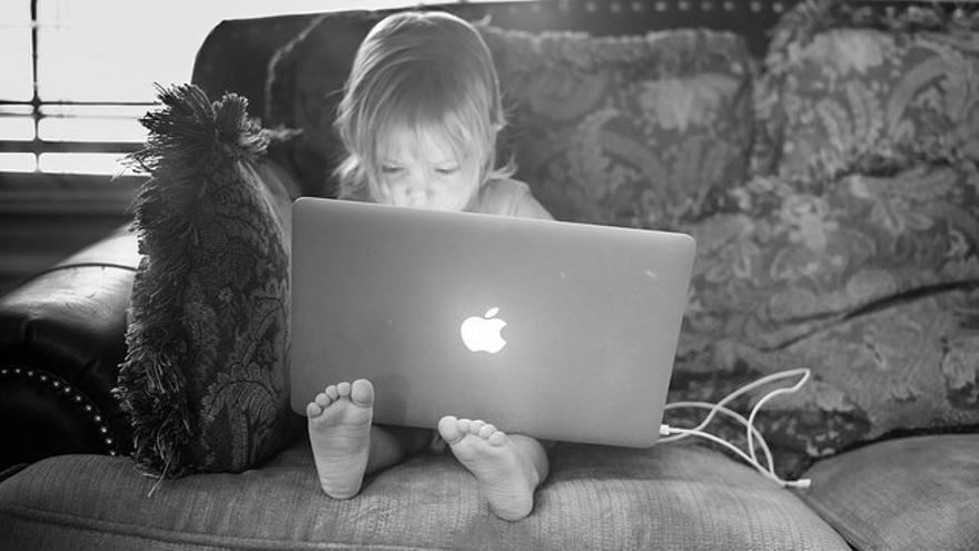 La organización Girls who Code busca inspirar a las jóvenes para que persigan oportunidades en el campo de la informática
