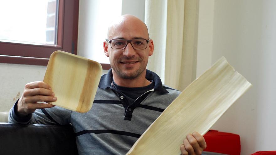 Claudio Vietta, diseñador industrial en la empresa Leef.