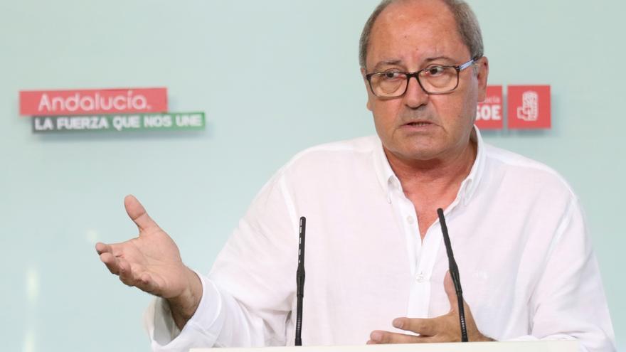 Cornejo (PSOE-A) cree que la abstención ganará con margen y advierte a PSC que se aplicarán los estatutos si no la acata